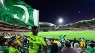 पाकिस्तान बनाम इंग्लैंड सेमीफाइनल मैच में नहीं आएंगे भारतीय दर्शक!