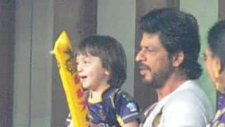 IPL 2016: Shahrukh Khan attends KKR vs KXIP IPL 9 match win son