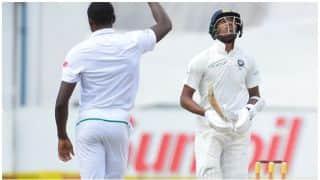 सेंचुरियन टेस्ट में हार्दिक पांड्या ने की 'बचकाना' हरकत, ट्विटर पर फैंस ने सुनाई खरी-खोटी