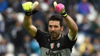 Gianluigi Buffon, Andrea Barzagli offered contract extension by Juventus