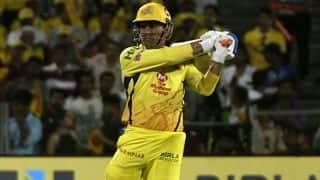 IPL 2018: कोलकाता के तीन धुरंधरों को पछाड़ धोनी ने दिखाया बल्ले का दम