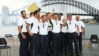 Australia celebrate Ashes win with thousands of supporters at the Sydney Opera House