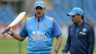 Ravi Shastri sets a strong precedent by his aggressive backing of MS Dhoni
