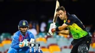 1st T20I: Maxwell, Lynn fire Australia to 158/4