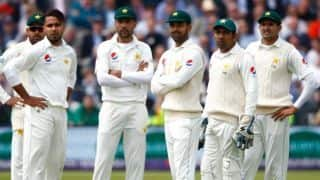 Pakistan players to stop wearing smart watches
