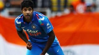 Asia Cup 2014 India vs Bangladesh: Varun Aaron banned for bowling 2 beamers; 219/3 in 42 overs