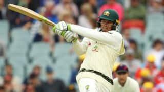 एडिलेड टेस्ट: उस्मान ख्वाजा ने जड़ा अर्धशतक, पहले दिन ऑस्ट्रेलिया 209/4