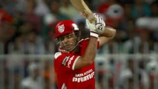 Virender Sehwag dismissed against Chennai Super Kings in IPL 2015 match