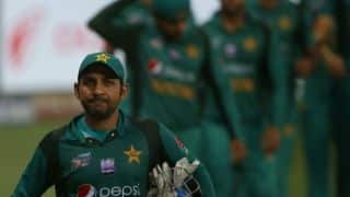 Sarfaraz Ahmed warns team to be ready to face Defamation in Pakistan