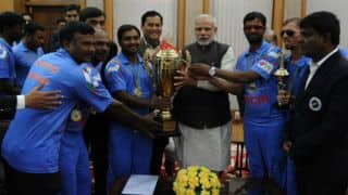 Narendra Modi congratulates and felicitates Indian blind cricketers for winning World Cup