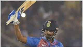 श्रीलंका के खिलाफ के एल राहुल ने ठोका अर्धशतक, भारत ने बनाए 180 रन