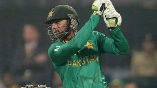 Shoaib Malik complets 2,000 T20I runs; becomes 3rd highest run-scorerer