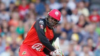 Chris Gayle draws flak from Ricky Ponting for refusing easy single during BBL game