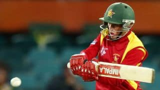 Zimbabwe lose momentum with three quick wickets against Pakistan in 1st T20I