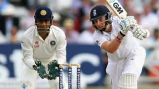 Joe Root, James Anderson take England to 352/9 against India at stumps on Day 3