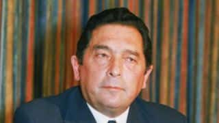 Haroon Lorgat needs to explain allegations levelled against him, says Ali Bacher