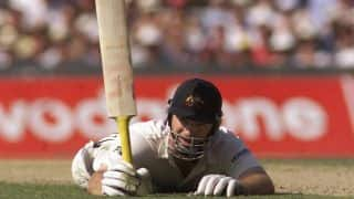 Ashes 2001: Wounded Steve Waugh mauls England with unbeaten 157