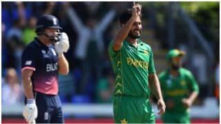 पाकिस्तान के तेज गेंदबाज रूमान रईस ने 25 रन देकर झटके 9 विकेट