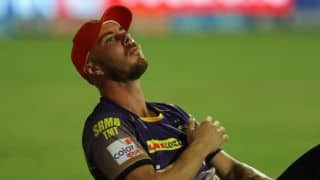 IPL 2017: MI's sportsmanship during Lynn's injury in clash against KKR