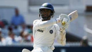 दक्षिण अफ्रीका के खिलाफ तीसरे टेस्ट के लिए चोटिल ऋद्धिमान साहा की जगह दिनेश कार्तिक टीम इंडिया में शामिल