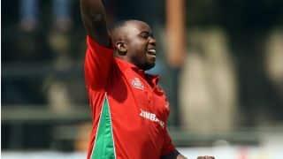 Nauman Anwar dismissed for 18 by Prosper Utseya against Zimbabwe in 2nd T20I at Lahore
