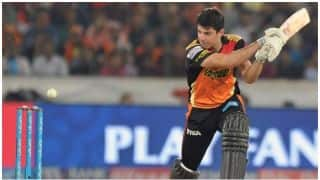 सनराइजर्स हैदराबाद ने राइजिंग पुणे सुपरजायंट को दिया 177 रनों का लक्ष्य