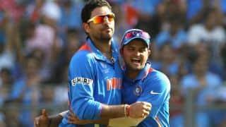 Yuvraj Singh gets Glenn Maxwell out in India vs Australia 2015-16, 2nd T20I at MCG