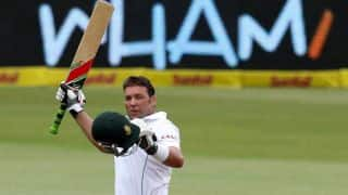 Jacques Kallis scores ton; South Africa 395/7 at lunch on Day 4 of 2nd Test against India