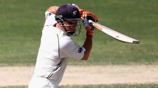 Pakistan vs New Zealand 2014, 2nd Test at Dubai, Day 2: New Zealand make slow progress after lunch