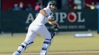 Dean Elgar, Faf du Plessis take South Africa past 100-run mark
