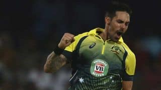 Pakistan vs Australia 2014: Mitchell Johnson warms-up in tough Dubai conditions for better results