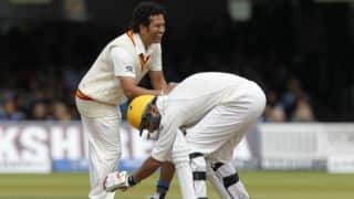 Yuvraj touches Sachin's feet at Lord's