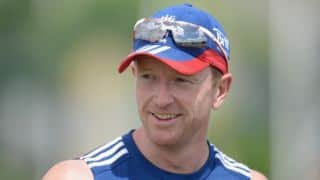 Paul Collingwood urges Alastair Cook to carry on as captain of England following Ashes 2015 triumph