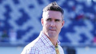 Kevin Pietersen urges England players to prioritise Test cricket