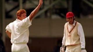 Shaun Pollock takes 4 wickets in 4 balls