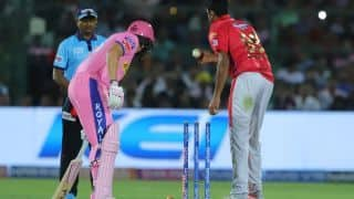 AB de Villiers on Mankading: R Ashwin did nothing wrong, everything under prescribed laws