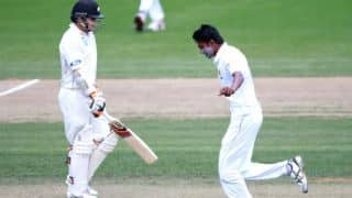 Dushmantha Chameera helps Sri Lanka restrict New Zealand to 133-5 at tea in 2nd Test, Day 2 at Hamilton