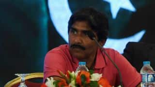 Shaharyar Khan knows nothing about cricket, says Javed Miandad