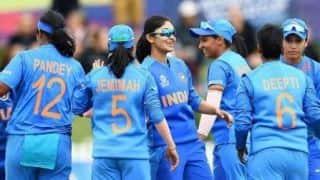 'भारतीय महिला टीम बड़े मैचों का प्रेशर नहीं झेल सकती'