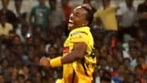 Dwayne Bravo to miss rest of IPL 2014 due to collar bone injury