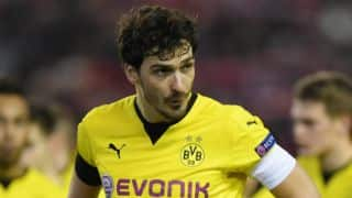 Bayern Munich sign Dortmund captain Mats Hummels on five-year contract