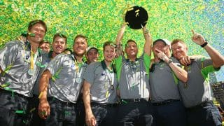 Australia celebrate ICC Cricket World Cup 2015 victory with fans