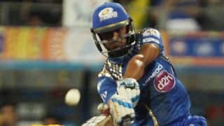 Mumbai Indians score 150 against Chennai Super Kings in IPL 2015 Final
