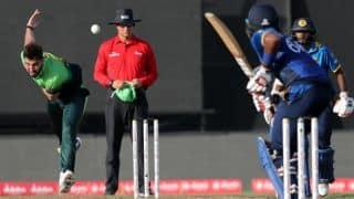 पाकिस्तान का युवा सनसनी गेंदबाज 6 महीने के लिए टीम से बाहर