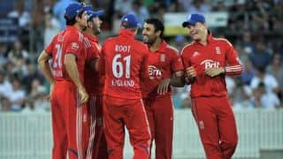 'Underdogs' England face massive task in World T20