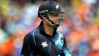 India strike back with two quick wickets against New Zealand in 4th ODI: score 65/2 in 11 overs