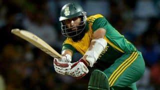 Quinton de Kock reaches half-century for South Africa against Sri Lanka in 3rd ODI