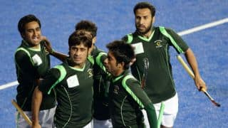 Pakistan clinch victory and progress to finals