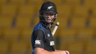 New Zealand vs Sri Lanka 2014-15: Martin Guptill dismissed for 10 by Nuwan Kulasekara