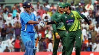 Video: MS Dhoni meets Shoaib Malik during practice ahead of Asia cup 2018